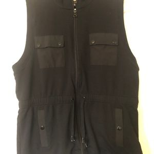 Jones New York black vest, size XL